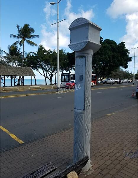 ニューカレドニアのバス停