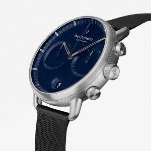 Nordgreenのメンズ時計Pioneer(パイオニア)シルバー×黒色ストラップ