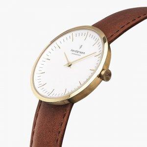 Nordgreenのレディース時計Infinity(インフィニティ)ゴールド×茶色ストラップ